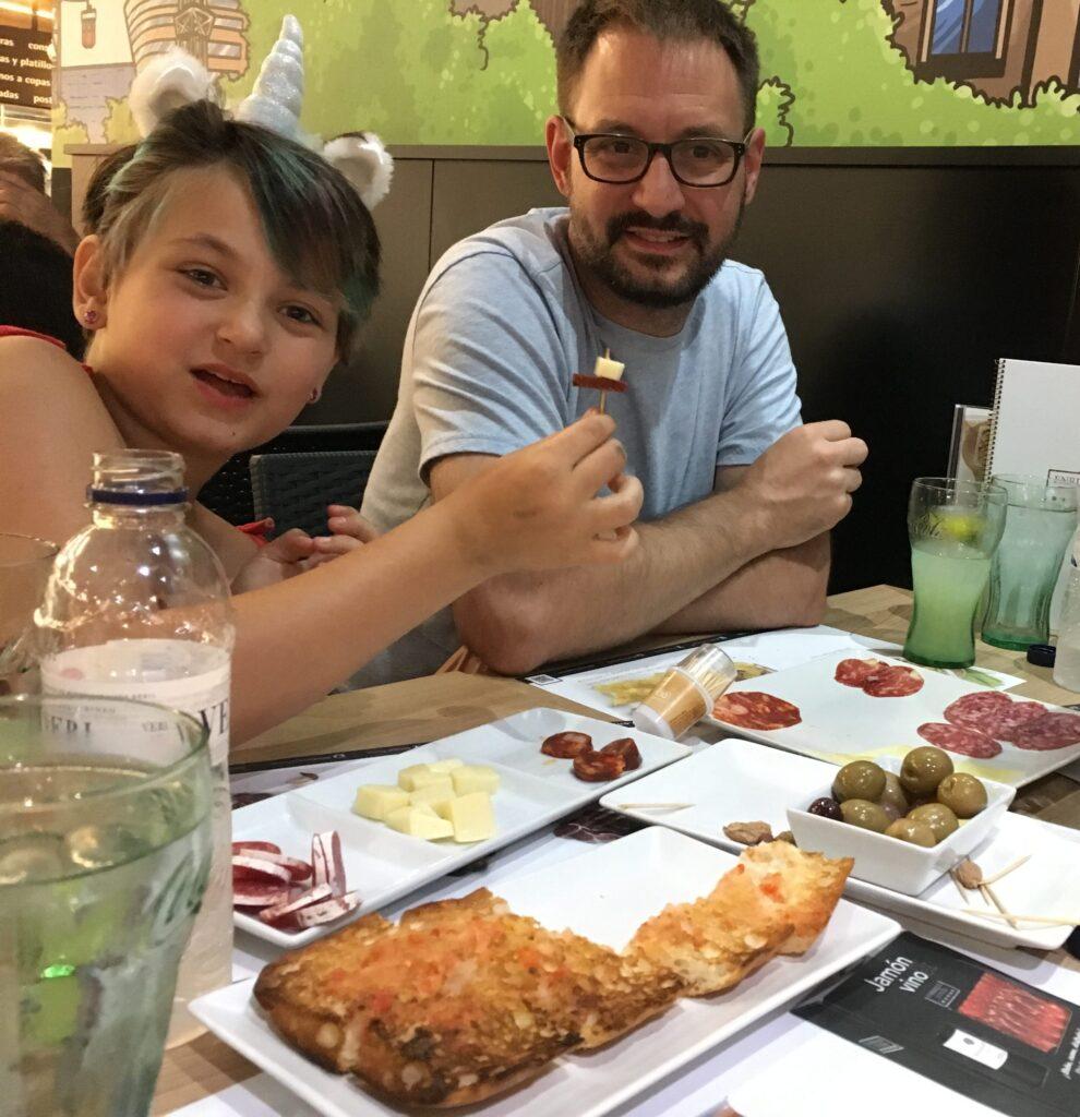 Almuerzo a Enrique Tomas